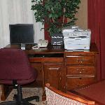 Business center with complimentary Internet and printer