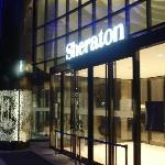 Sheraton Seoul Entrance