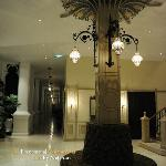 Colonial Suite lobby
