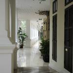Colonial Suite corridor