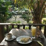 Frühstück auf der Veranda