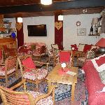 le bar et une partie du salon