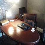 Hotel Muse Bangkok Langsuan Room 902 Work Desk - LoyaltyLobby