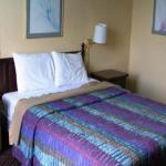 Budget Host Inn & Suites Muskogee