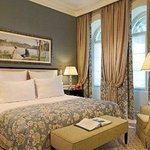 Photo de Grand Hotel du Lac