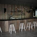 Bar Bwa Chik