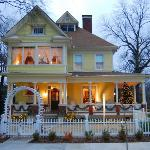 Photo of Cobb Lane Bed & Breakfast