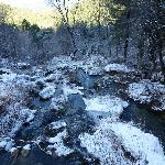 El río en sus primeros metros tras el salto.