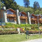 Los bungalows con su jardín