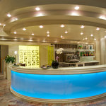 Bar Hotel Universal (40679936)
