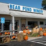 Bear Pond WInery