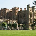 Hampton Court Castle and Gardens ภาพถ่าย