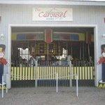 Foto de The Carousel and Shop