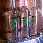 Peach Street Distillers Imagem