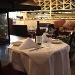 Los Olivos Wine Merchant & Cafe