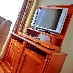 Flat-Screen-TV im Wohnzimmer