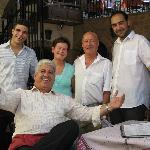 Photos avec Dimitris et son personnel