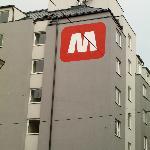 Outside building of Meininger
