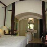 Tropical Room 336