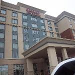 Front of hotel from parking lot