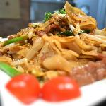 Pad See Eaw Lunch Special only $ 6.25