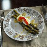 asparagus with dill lemon sauce