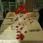 table décorée avant le départ