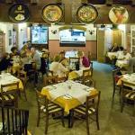 Foto de Mezzaluna Pizzeria and Restaurant