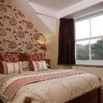 Lattendales bedroom