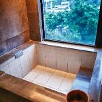 Large tub for dipping