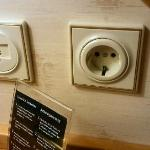 Wall socket and broadband connection