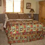 Sand Creek Desert ( Queen Suite)