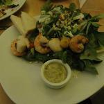 Salade aux crevettes et coquilles St Jacques