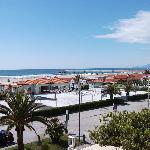 Blick vom Balkon zum Strand