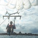 parasailing!!