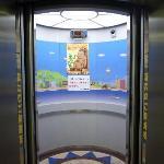 1階/エレベーター入口