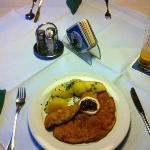 Gasthof Post: Dinner: Wiener Schnitzel