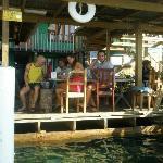 este es el solarium-comedor-area recreativa-y zona playa