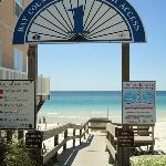 Beach access accross Thomas Drive.