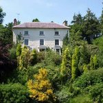 Cwrt Mawr Mansion Bed & Breakfast Photo