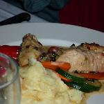 chicken, mashed potatoes & vegetables