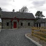 Muckno Lodge exterior