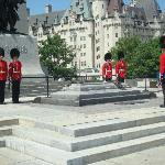 Troca de Guarda no Monumento