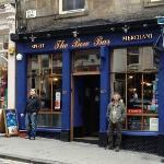 Dave outside of his favourite Edinburgh bar