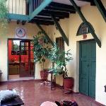 Puerta verde, habitación 101. Si podes evitala...es linda, pero ruidosa.