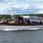 Rendezvous carries up to 36 guests on tours of Rockland Harbor.