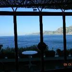 Un ottima vista della costa mentre facciamo colazione