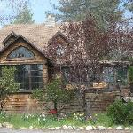 Strawberry Creek Inn