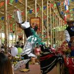 Acrobatic show for kids at noon