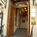 L' ingresso del ristorante
